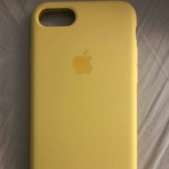 apple yellow iphone 7 case